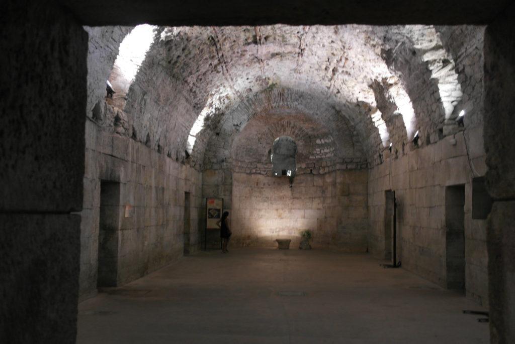 Kellergewölbe des Diokletian-Palasts